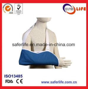 Resuable Inmovilización Médico brazo de soporte ortopédico con ajustable  para el hombro Cabestrillo de brazo de Gaza con espuma CE FDA 3561abd32b7c