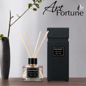Venta caliente 50 ml fragancia perfumada Difusor con palitos de rattan y de la cinta en el cuadro de color para la decoración del hogar