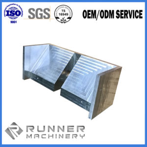 China Soem-Kohlenstoffstahl-maschinell bearbeitenteil durch CNC-Ausschnitt/Fräsmaschine