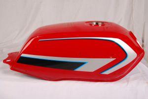 O tanque de combustível do motociclo