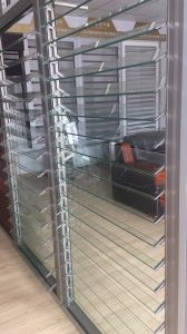 Novo design de vidro de alumínio Janela com venezianas