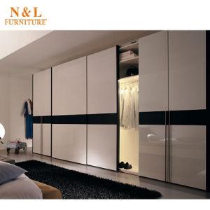 N&L Garderobe van de Slaapkamer van het Kabinet van het Triplex van ...