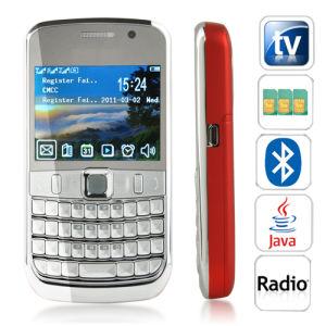 K68 Tri-SIM telefono Qwerty delle cellule della fascia TV del quadrato da 2.2 pollici