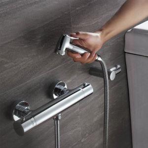 クロム浴室のコックのシャワーの一定の降雨量のシャワー手のコックセット