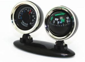 温度計、黒いEsg10320が付いている車のコンパス