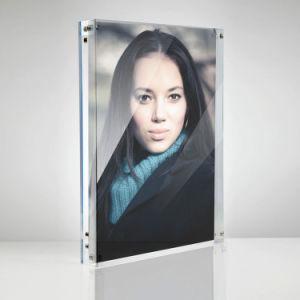 Il doppio ha parteggiato pagine magnetiche acriliche della foto (esigere il formato della stampa)