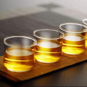 ガラスティーカップの受皿のロゴの印刷のティーセットのガラスティーカップセット