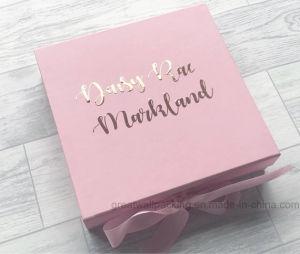 Roze Douane die de Verpakking van de Vakjes van het Vakje van het Document van de Verpakking van de Gift vouwt