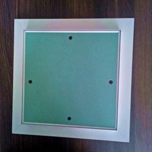 Remise de plaques de plâtre décoratif étanchepanneau d'accès au plafond