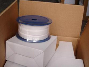 PTFEはテープ、テフロンを拡大する白いカラーの産業シールのためのテープを拡大する