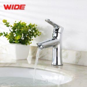 世帯のための広く新しいデザイン浴室の洗面器の蛇口