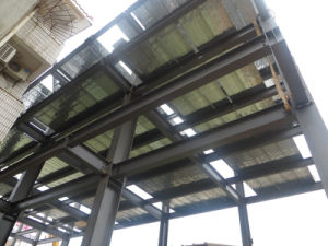 Het samengestelde staal versterkte dek van de vloer van de bundel