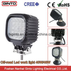 農業機械、車、オフロード手段のための点または洪水LED作業ライト