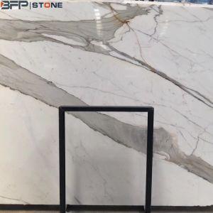壁のフロアーリングのためのCalacattaの白い大理石かイタリアの自然で贅沢で白い大理石