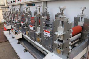 Высокая точность автоматического клейкой ленты/ПВХ пленки вращающийся умирают режущей машины с Китаем производителя