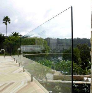 Het aangemaakte Glas van de Omheining
