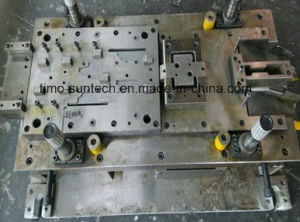 OEMの専門の製造業者の進歩的な押すことは金属の打つ型を停止する