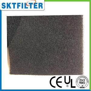 Schaumgummi-Filter montieren Staub