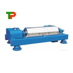 De Separator van de vaste-vloeibare stof van Horizontale Karaf centrifugeert Machine in ZuivelProduct