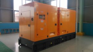 Знаменитые марки 500 ква дизельного двигателя Cummins генератор с Encloure