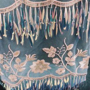 Tessuto lucido del ricamo del filetto del Sequin di nuovo disegno per i vestiti che Wedding