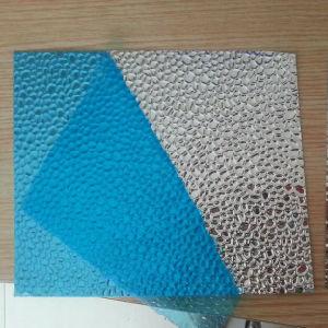 Il colore ha ricoperto lo strato di alluminio della bobina impresso stucco