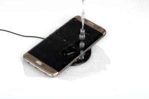 Mini de patentes de telefonía móvil inalámbrica rápida cargador de coche para el iPhone X/ iPhone 8 Plus