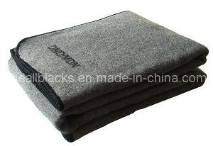 غطاء رماديّة صوفيّة, 50% صوف 50% بوليستر