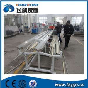 Máquina para la producción de tubos de PVC