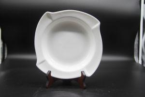 Plats en céramique pour l'Hôtel Restaurant 10  Angle de la soupe