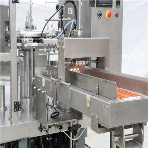 De automatische Vloeibare Wegende het Vullen Verzegelende Machine van de Verpakking van het Voedsel