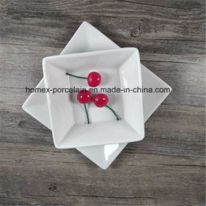 La porcelaine/plaque en céramique du restaurant