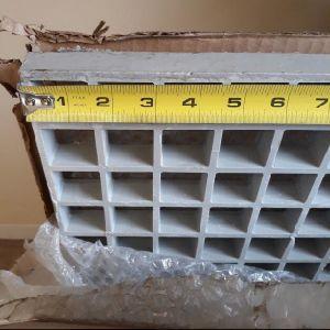 La grille carrée en fibre de verre, FRP le râpage, le FRP Mesh, 12x12X1, couleur grise