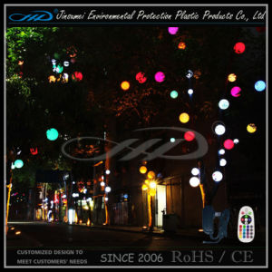 Im Freienbeleuchtung der LED-Weihnachtskugel-LED