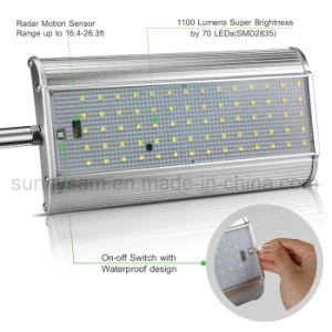 マイクロウェーブレーダーの動きセンサーの太陽壁ライト70LED 1100lm屋外の防水機密保護の太陽壁ランプ