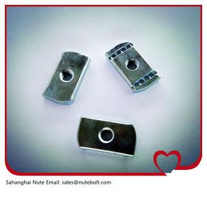 Acier inoxydable 316 (A4) , 304 (A2) , l'écrou de canal d'acier, ressort de l'écrou, sans ressort M20