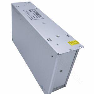 En el interior de 12V 250W Fuente de alimentación del controlador de LED para iluminación LED, conductor de luz LED de tensión constante