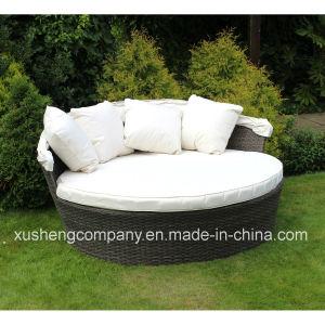 Jardín de Bentley Rattanm día cama de lujo