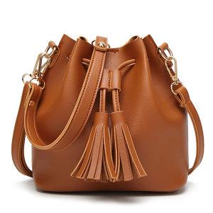 Bolsas femininas com pendão