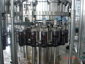 물 충전물 기계를 비화하는 탄산 음료