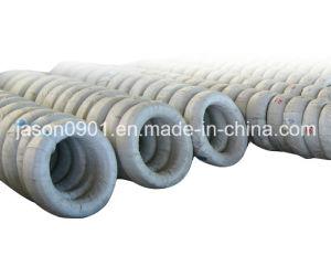 Haut de fil en acier à ressort sur le fil en acier à ressort en usine
