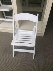 패드 없는 판금 접는 의자