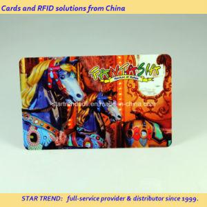 Cartão de centro de jogos realizados com tarja magnética de plástico