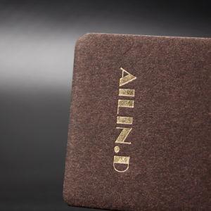 주문 로고 이름 UV 인쇄 의복 까만 마분지 걸림새 꼬리표, 의류를 위한 설명서