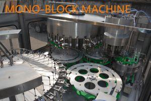 El mejor precio Automatic beber agua pura líquida Bottleing bebidas planta la línea 3en1 Máquina de Llenado