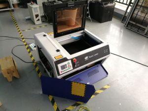 Beweglicher CO2 Laser-ScherblockEngraver 400X300mm für Papierausschnitt-Maschine