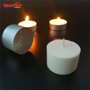 Verzierter normaler eleganter Tee beleuchtet Kerze für Dekoration