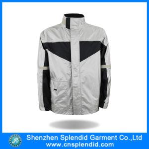 La fabbrica dell'indumento della Cina copre il cappotto di inverno degli uomini con il prezzo poco costoso