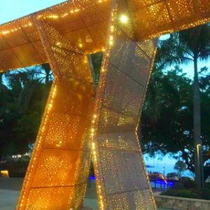 Panneau en aluminium perforé avec Golden couleur pour revêtement mural