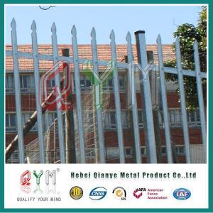 Metallpalisade-Zaun mit dreieckigen Palisades